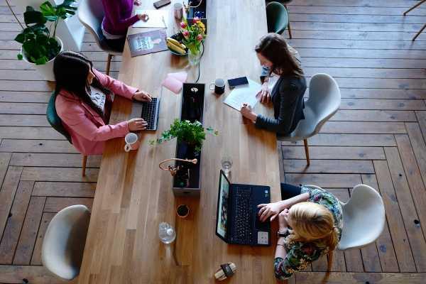 A jövő irodája, fenntartható, egészséges és biztonságos